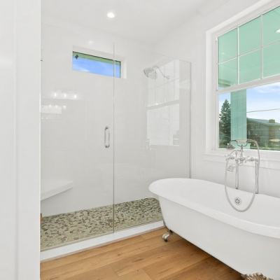 2090 N Ocean Shore Blvd 55 Master Claw Foot Tub Resize